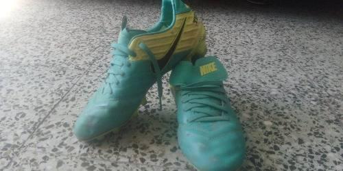 Super Oferta!!!tacos Fútbol Nike Tiempo Baratos