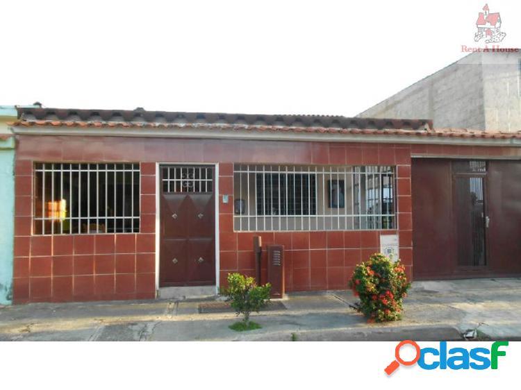 Casa en Venta Las Quintas Ys 19-13846