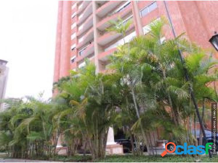 Apartamento en Alquiler en La Lago 18-13878 GMOv