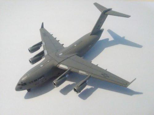 Avion A Escala 1/500 Leer La Publicación
