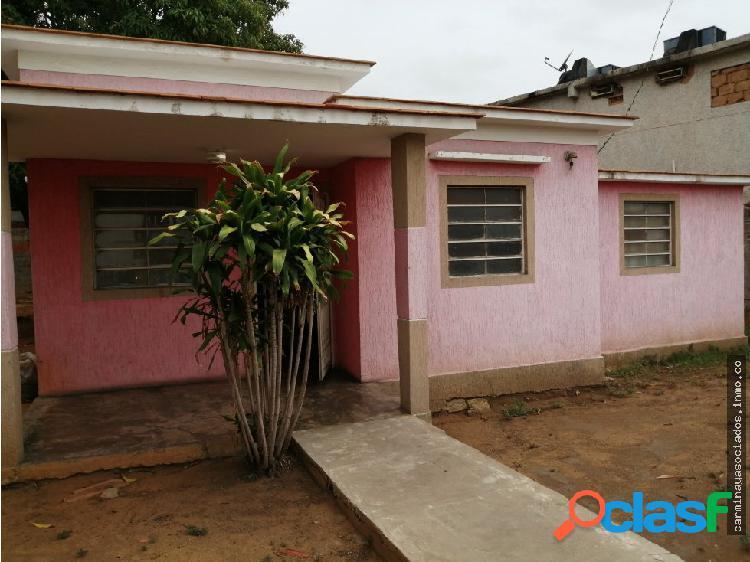 Casa pomona venta MLS 19-9683 M2