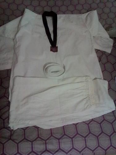 Kimono Taekwondo Talla 2 Usado Como Nuevo