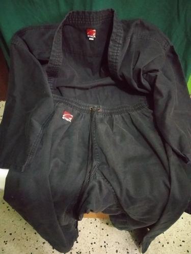 Kimono Uniforme Negro De Karate