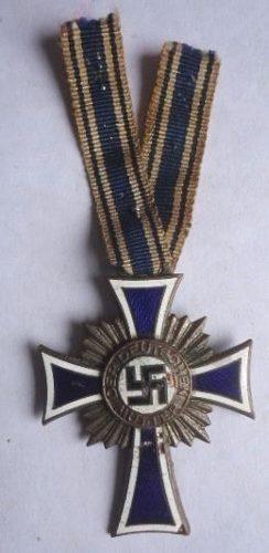 Antigua Cruz De Las Madres Alemanas  Segunda Clase!!!