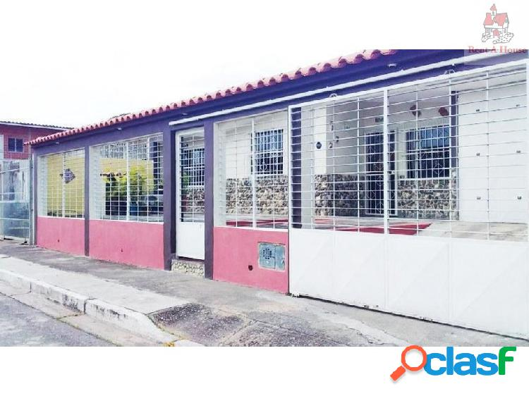 Casa en Venta La Esmeralda Nmm 19-12418
