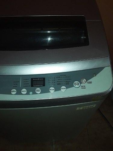 Lavadora Automatica De 10 Kilos Usada.