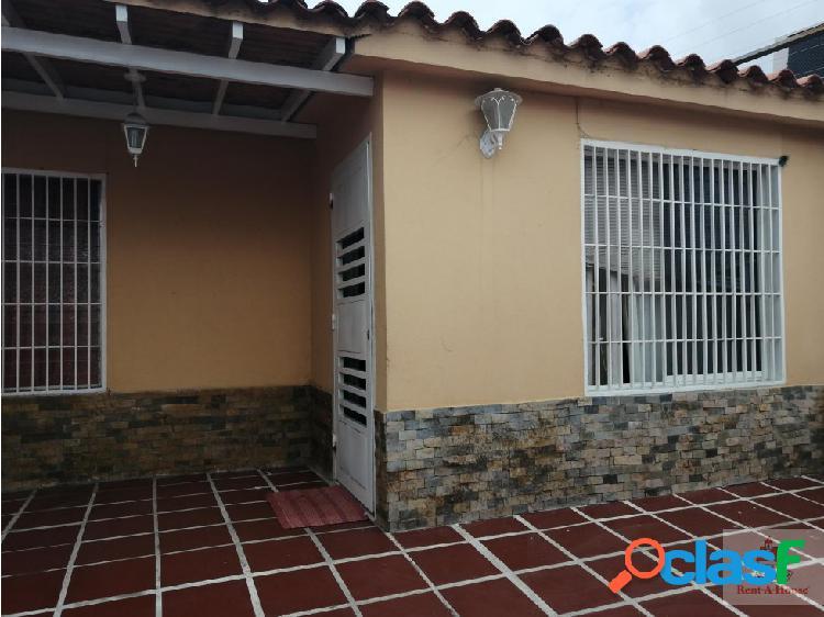 Casa en Venta en Cabudare. Cod. 19-12069