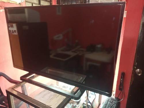 Televisor Led Ultraslim Full Hd De 40 Toshiba