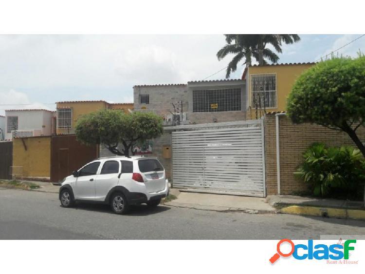 Vendo casa en Urb. zona Este Barquisimeto