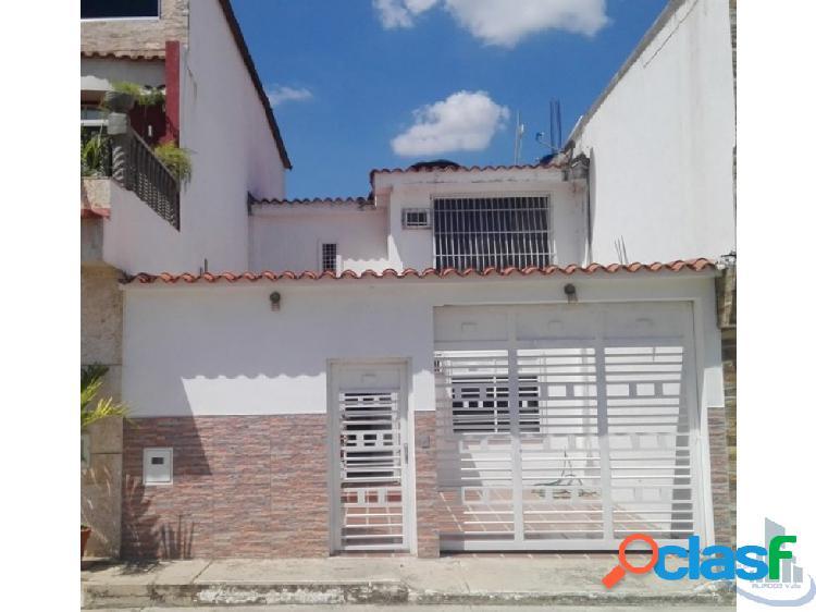 Venta TownHouse, Samanes, Charallave, Miranda