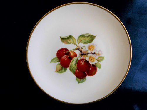 Hermoso Plato De Porcelana Alemana Hutschenreuther. Cerezas