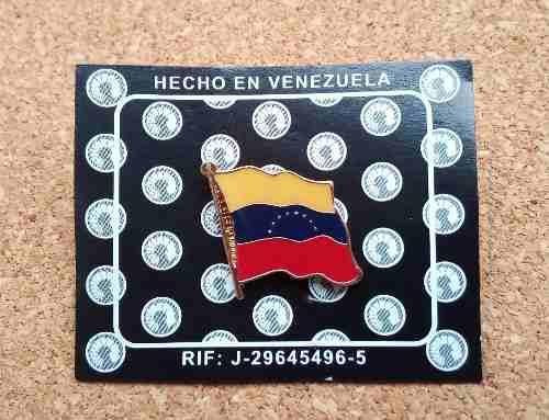 Pin De Bandera De Venezuela 8 Estrellas Metalico Nuevo