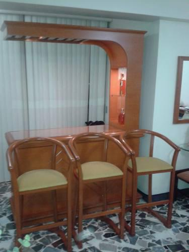 Bar De Madera Apamate Con 3 Sillas (179)