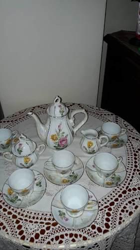 Juego De Cafe En Porcelana Japonesa