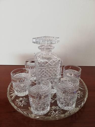Licorera De Cristal De Bohemia Con 6 Vasos