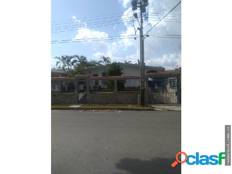 Cód 395836 Casa en la Urbanización El Morro II