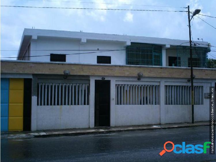 Oficina en Alquiler en Barquisimeto