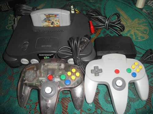 Nintendo 64 (2 Controles + 1 Juego)