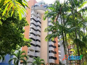 Apartamento en venta en La Trigaleña, Valencia, Carabobo,