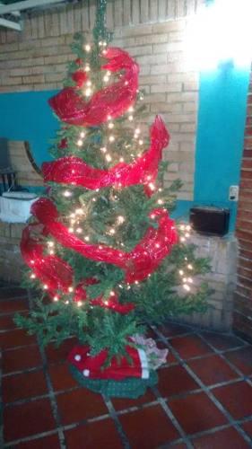 Arbolito De Navidad Cn Adornos 210 M. Árbol De Navidad