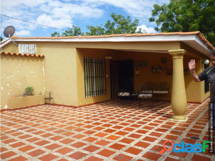 Casa en Venta El recreo Cabudare 19-338 MP