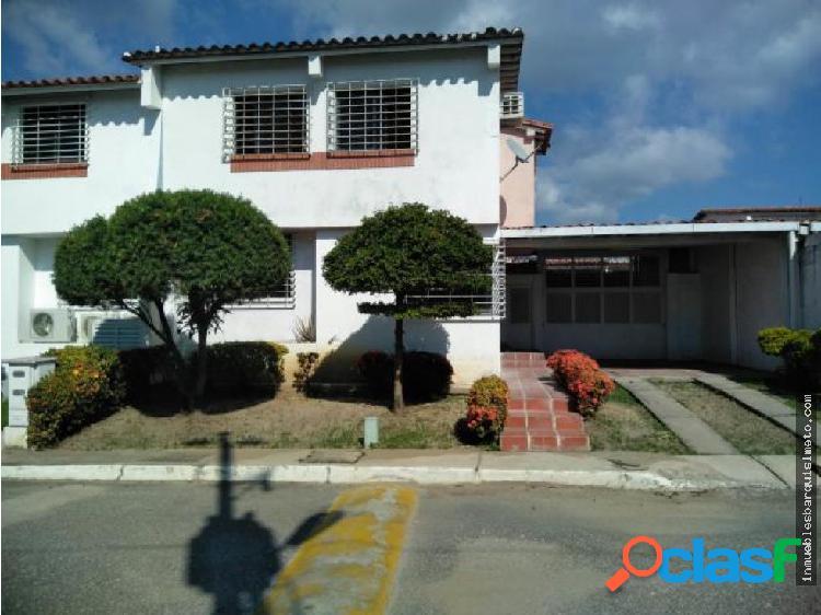 Casa en Venta Parroquia Cabudare 19-14845 MP