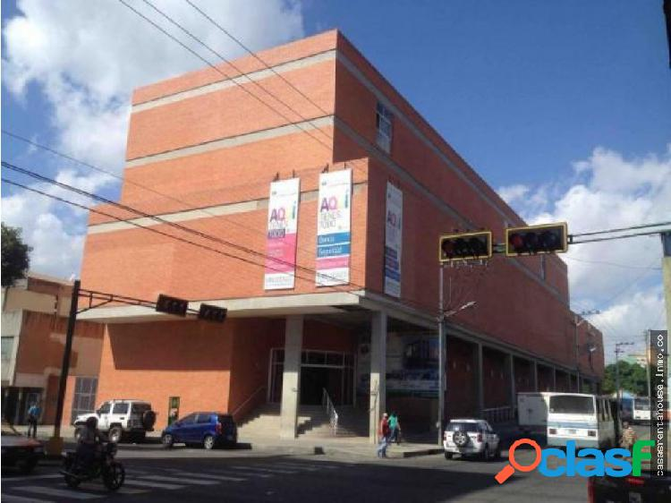 Vende Local Comercial en Barqto RAH 19-819