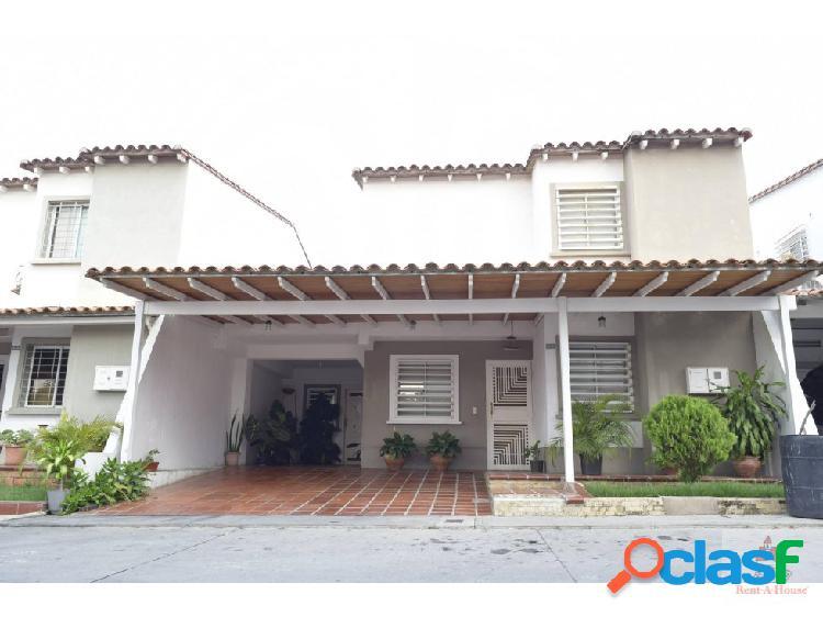 Venta de Hermosa Casa en Barquisimeto