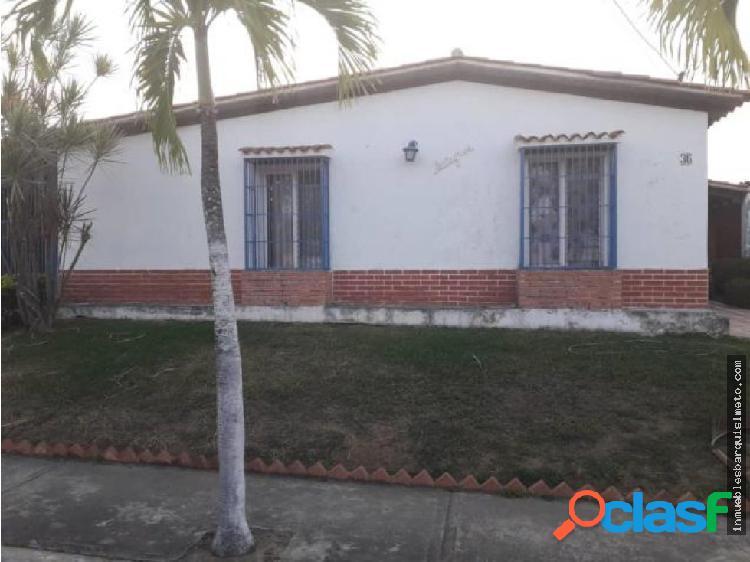 Casa en Venta en Cabudare 19-4060 DS