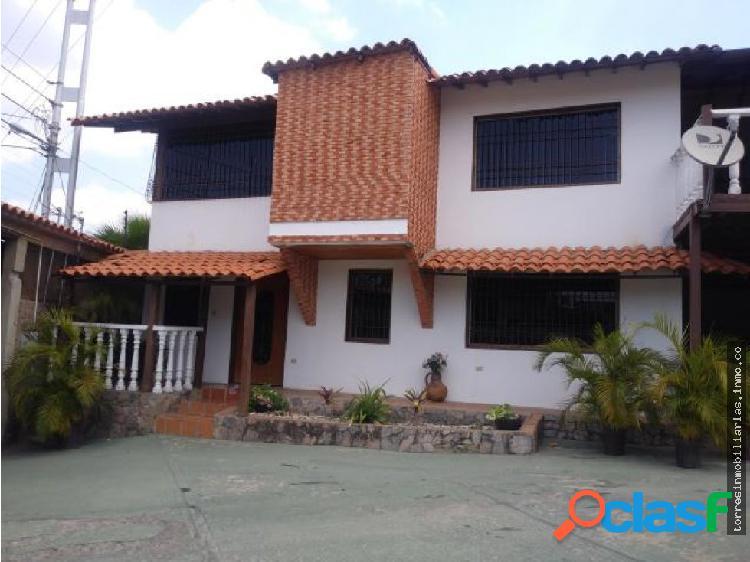 Casa en Venta Cabudare Agua Viva 19-13432