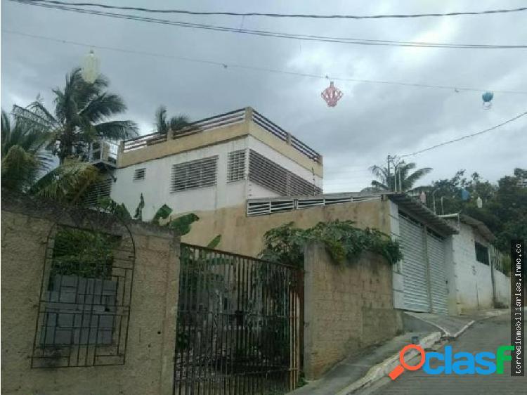 Casa en Venta Cabudare Agua Viva 19-14398