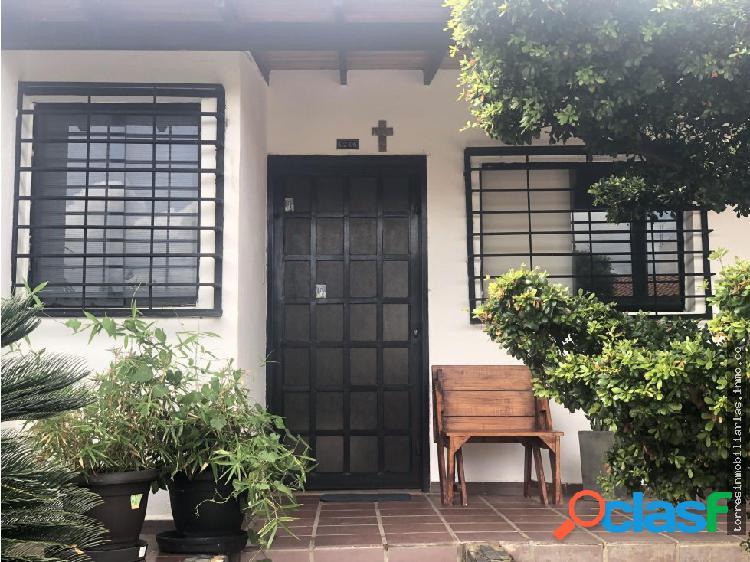 Casa en Venta Cabudare La Piedad Norte 19-13261