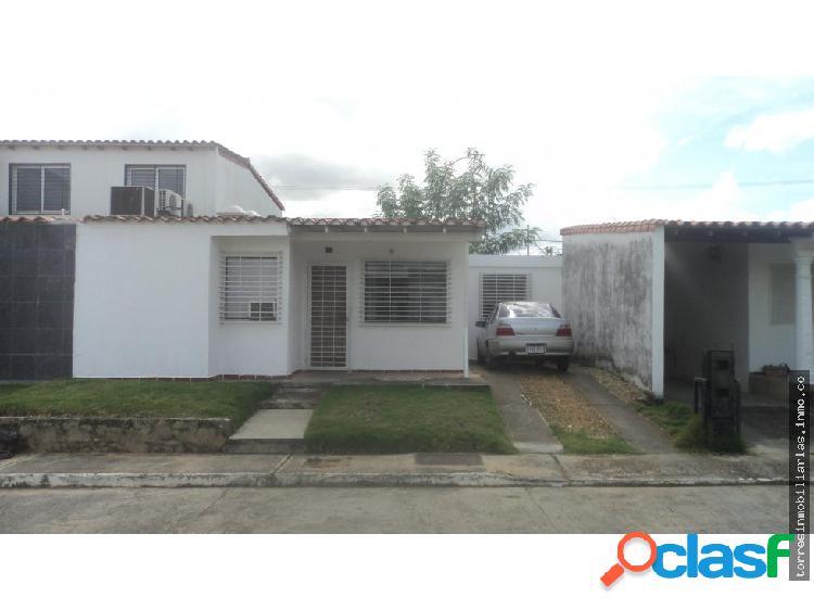 Casa en Venta Cabudare La Piedad Norte 19-1913