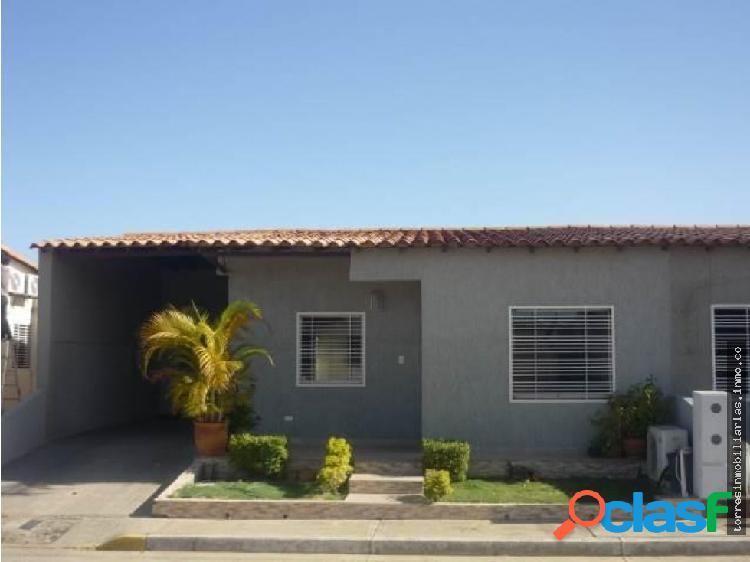 Casa en Venta Cabudare La Piedad Norte 19-7906