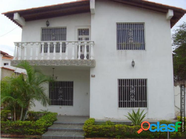 Casa en Venta Cabudare La Piedad Norte 19-8191