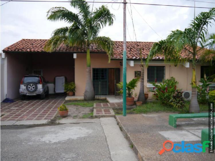 Casa en Venta Santa Cecilia Cabudare 19-6559RR