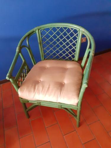 Remato Juego De Muebles De Rattan Usado