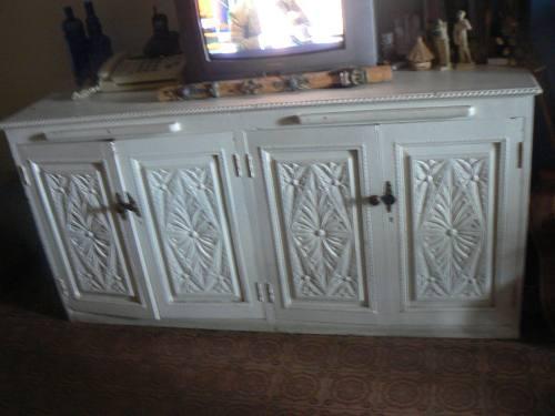 Mueble De Sala En Fina Madera Tallada Esculpida Blanco