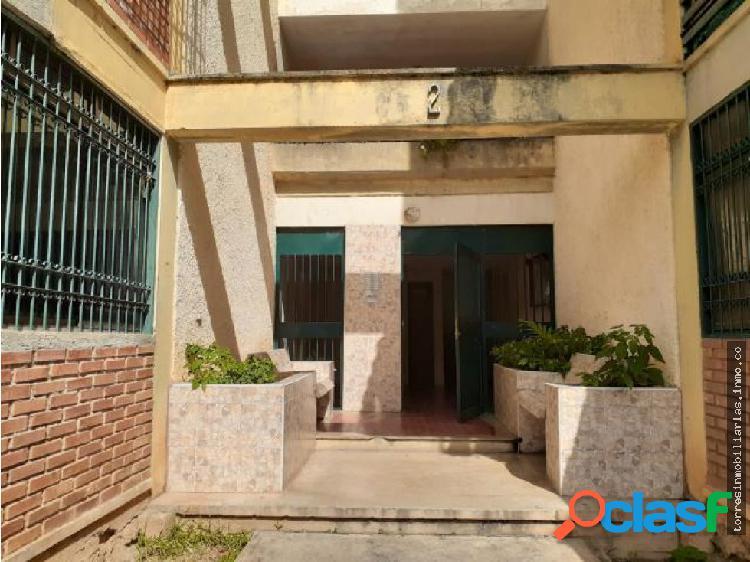 Apartamento en Venta Cabudare Agua Viva 19-15531