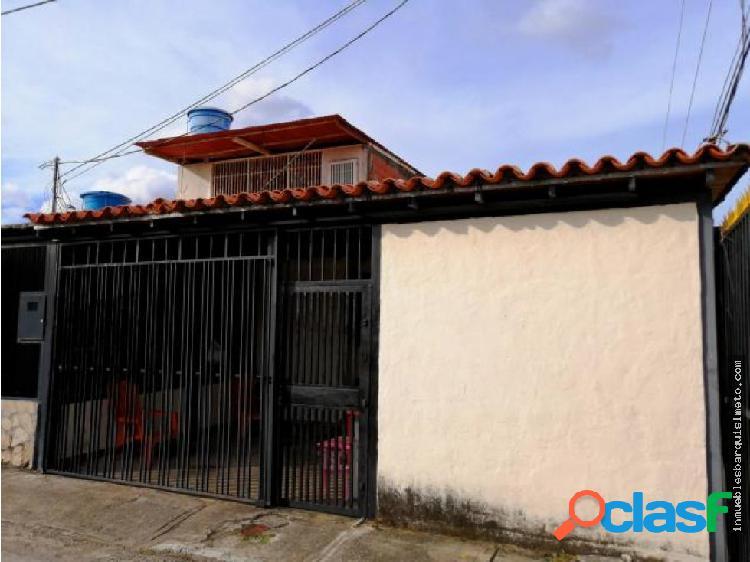 Casa en Venta en La Puerta 19-16290 DS