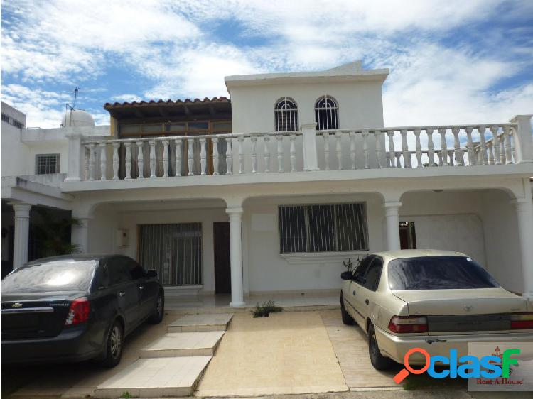 Casa en Venta en La Rosaleda
