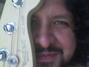 Lecciones de guitarra eléctrica o bajo en Caracas (a