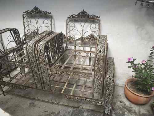Vendo Juego De Muebles De Hierro Para Jardín