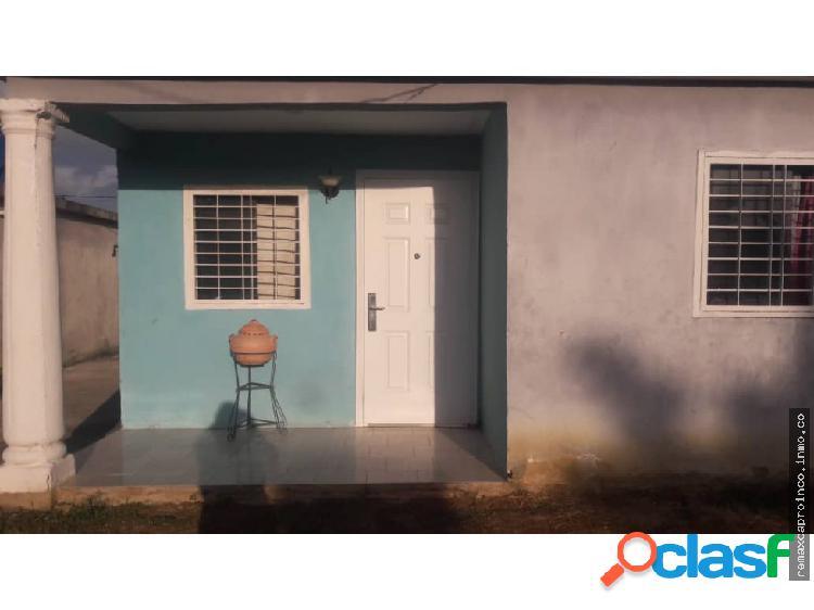 Casa en Paraparal Los Guayos Sector paso del Indio