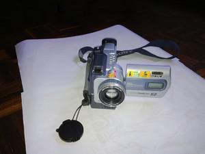Excelente filmadora y camara sony, digital 8 MODELO DCR
