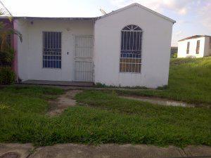 Oferta vendo casa en buen estado 0414