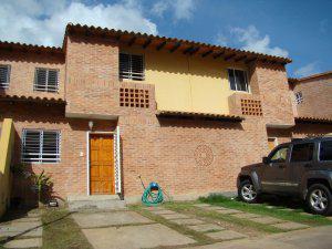 Townhouse en Naguanagua (El Manantial) en venta Codflex12