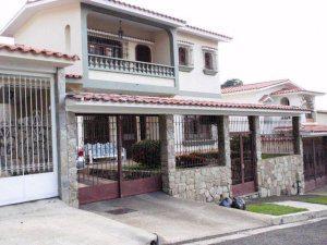 Venta de excelente casa en Piedra Pintada MLS 11