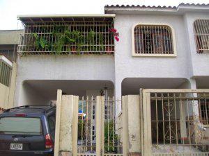 Venta de excelente casa ubicada en El Parral MLS 12