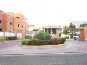 Venta de grandioso townhouse en Piedra Pintada MLS 12